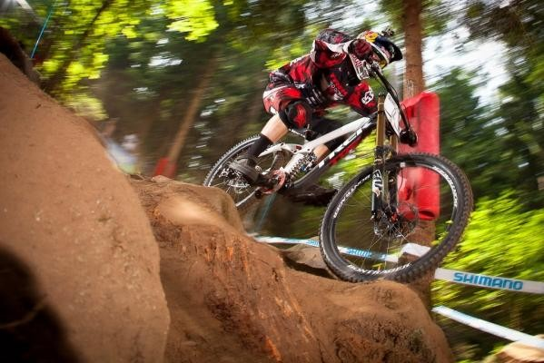 Aaron Gwin in action in Val di Sole