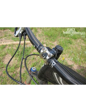 Despite some manufacturers introducing larger clamp diameters for wide bars, the Rhythm Pro was stiff enough