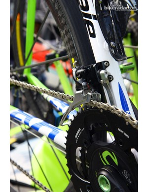 Vincenzo Nibali's (Liquigas-Cannondale) Cannondale Super Six Evo is still fitted with previous-generation SRAM Red chainrings and front derailleur but the nifty chain catcher from the new version conveniently fits just fine