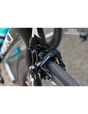 Tony Martin (Omega Pharma-QuickStep) may be running a new SRAM Red transmission but he's still using the older dual-pivot calipers