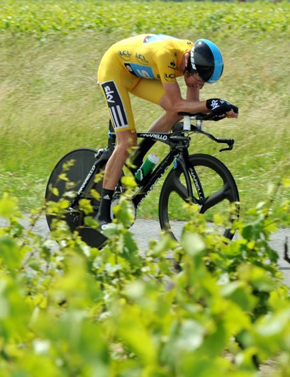 Wiggins set up his final victory in the stage 4 time trial