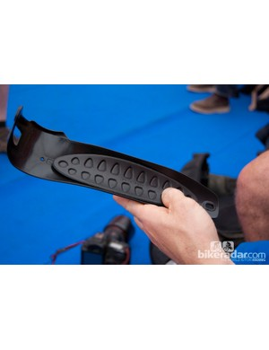 The down tube protector features innovative shock-absorbing foam