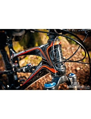 The tapered head tube helps improve front end stiffness