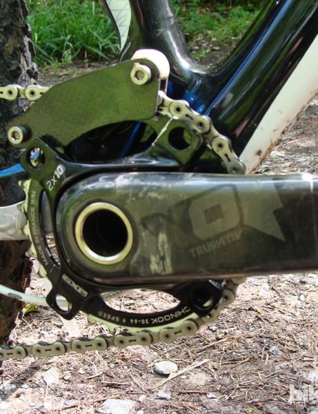Nico's custom carbon fibre chainguide