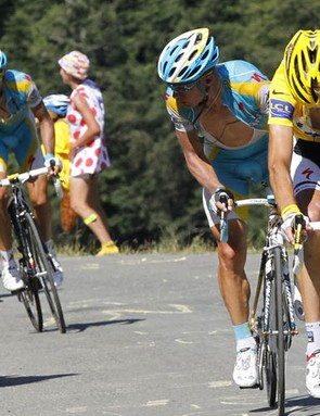 The 'chain gate' moment of 2010 – does Contador's explanation of not knowing Andy Schleck's mechanical problem check out?