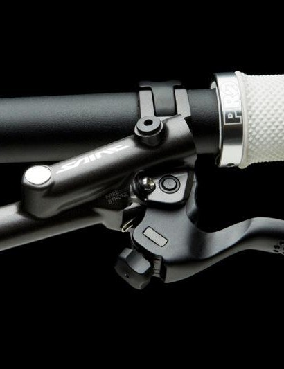 The Saint brake lever with Vivid texturing