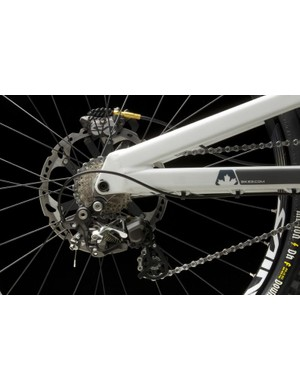 The new derailleur is compatible with Shimano's new direct mounting system or a traditional hanger