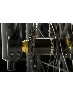 The Saint front hub is newly styled but identical to the old version in design