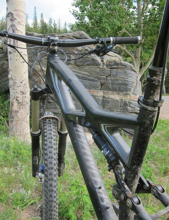 The trussed FACT IS-X 10M carbon main frame has proven exceptionally stiff and stable