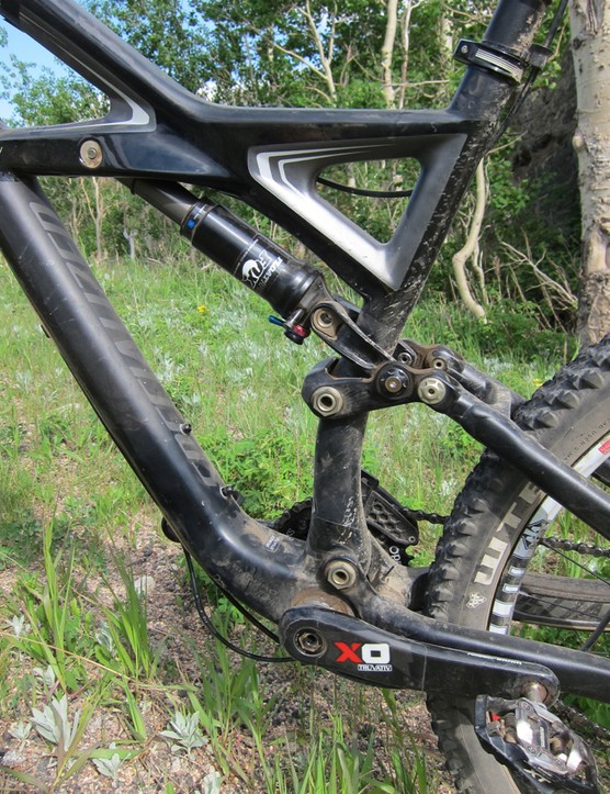 Lots of carbon around both the bottom bracket and shock mount