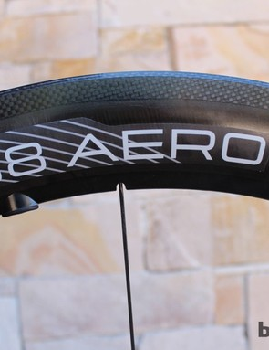 Flat DT Spokes are used on the Aero wheels