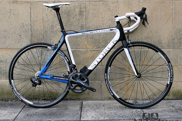 The Storck Scentron comes in this Storck-themed black, blue and white colour scheme only