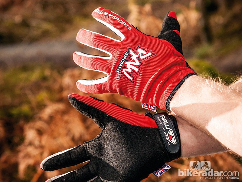 Raw Sports Action V Ride gloves