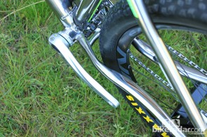 Another look at the clearances and chainstay shaping