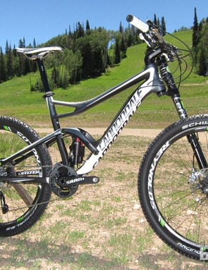 The Trigger features a new 130mm travel Lefty, Dyad RT2 dual-travel, dual-chamber rear shock, the ECS-TC linkage, and a full BallisTec carbon frame
