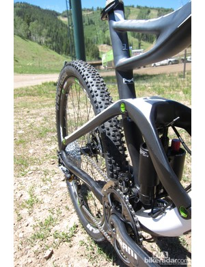 The Triggers seat- and chain stays are carbon too