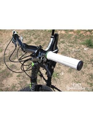 Shimano's impressive XTR Trail brakes are found on the Trigger 1