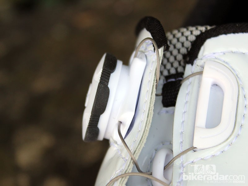 Boa dial closure on the Gaerne Carbon G.Chrono road shoes