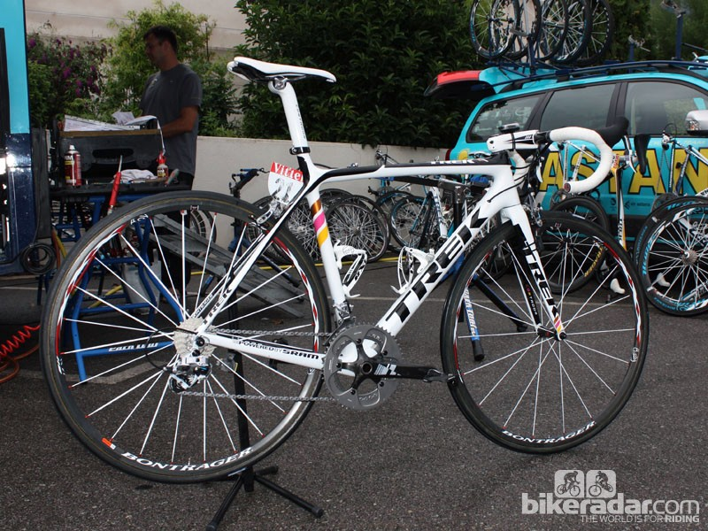 8a95db00a00 Contador's Trek Madone 6-Series as used in the 2009 Tour de France