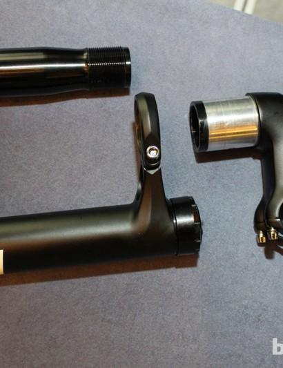 Lefty's upper is one piece – either 3D forged aluminum or carbon with bonded crowns. It fits over a bike's head tube and the separate steerer inserts from the bottom and threads into the OPI stem