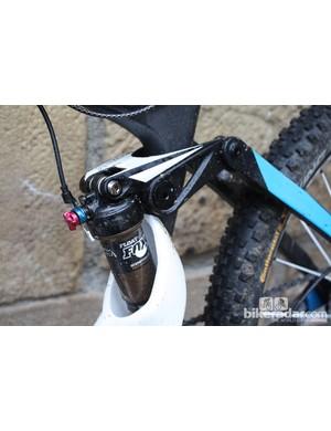 The monolink rocker houses Enduro bike-specific bearings