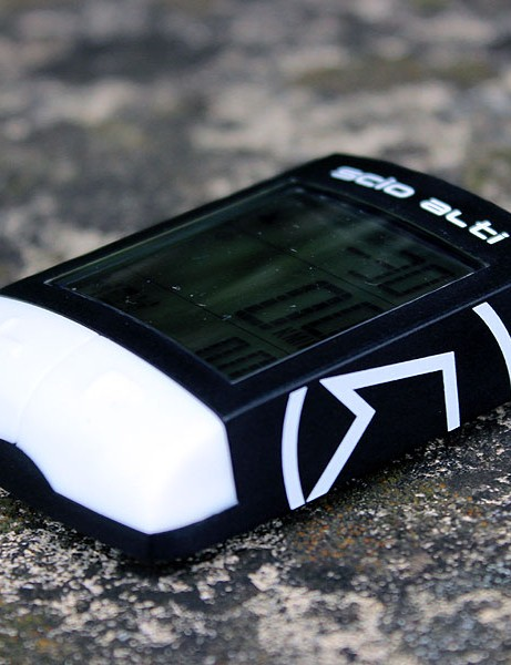 The PRO Scio Alti has a resin casing and weighs just 38g