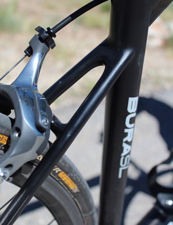 In sharp contrast to the imposing chain stays, the BURAsl's petite seat stays are right at the UCI minimum 10mm width