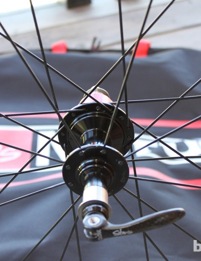 Stan's NoTubes are now using a 2:1 spoke ratio (drive to non) on their Pro road wheel models – the ratio allows all the spokes to have even tension