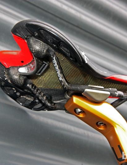 Fi'zi:k's Twin Flex shell is notably flexible but is still super light