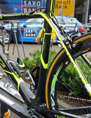 The new Wilier Triestina Cento 1 SR features squared-off tube shapes throughout