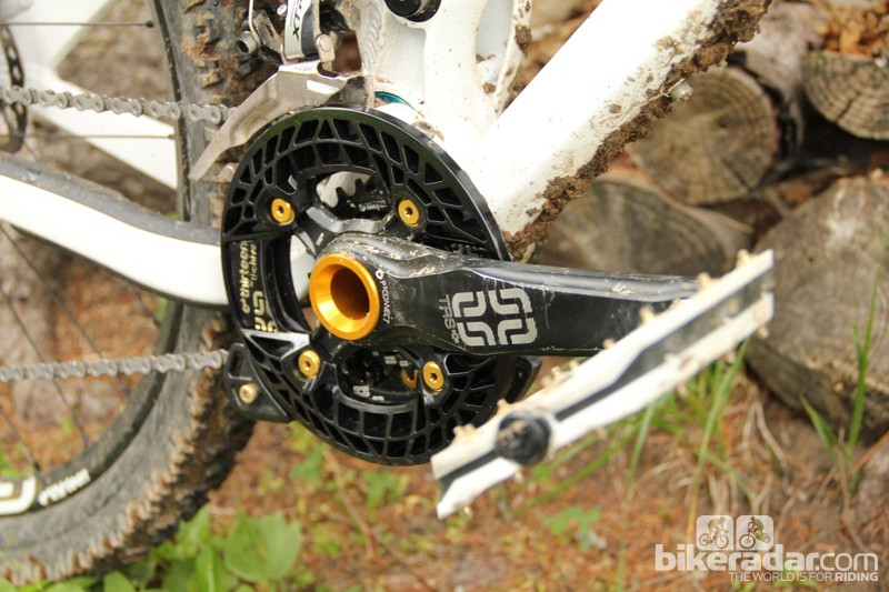 We ran the Turbocharger bashguard on the Yeti, alongside the Dual guide, for added protection from beefy alpine roots