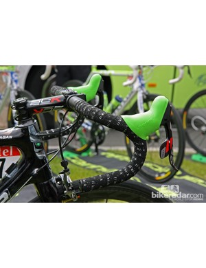 Traditional-bend aluminum FSA handlebars for stage 1 winner Peter Sagan (Liquigas-Cannondale)