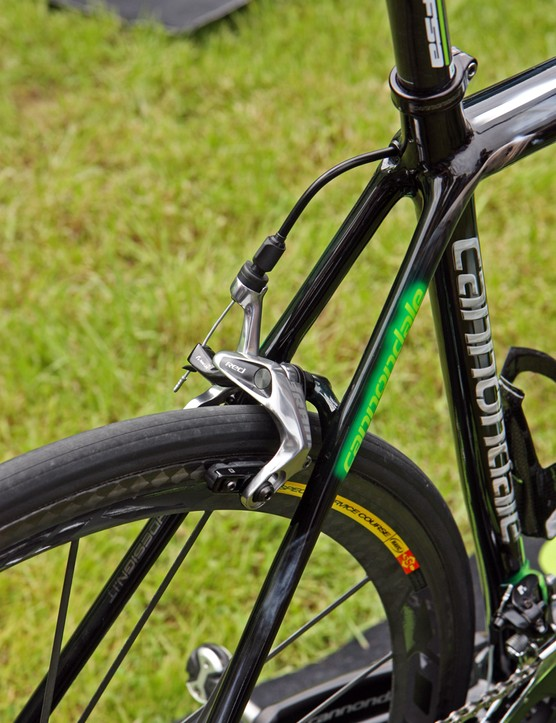 New SRAM Red linkage-enhanced single-pivot brake calipers for Peter Sagan (Liquigas-Cannondale)