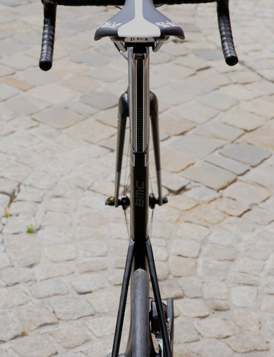 Rear view of the slippery frame