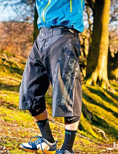 Endura Downhill baggy shorts