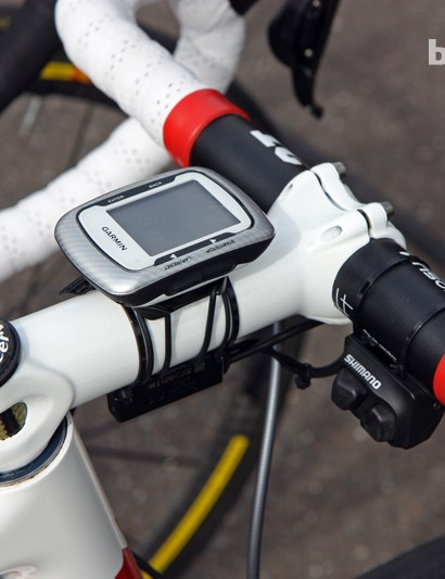 Ryder Hesjedal (Garmin-Sharp) runs a satellite shifter with his Shimano Dura-Ace Di2 group