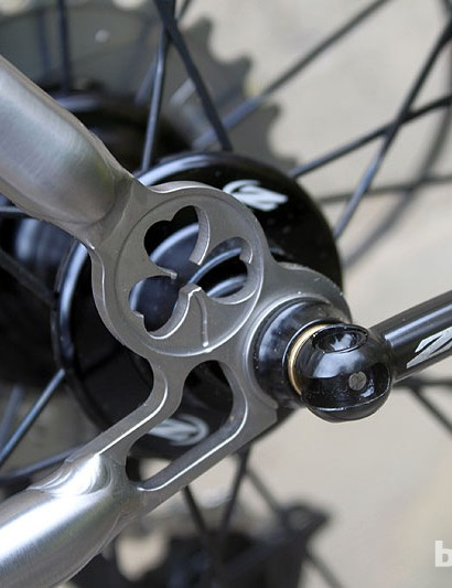 Custom-machined, clover-leaf dropouts on the Helix OS add style and strength