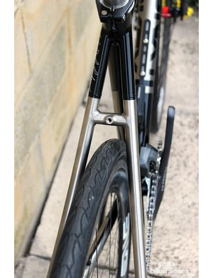 The Lynskey Sportive has clearances for 28mm tyres (reduced to 25mm with mudguards)