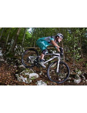 The aggressive race geometry and overall feel of the Myroon 29er keep you on your toes