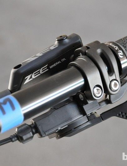 The 2013 Gambler gets a mix of Shimano Zee and Saint components