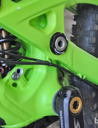 Housing routing keeps the rear derailleur cable out of harm's way