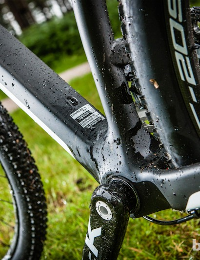 The Team's big bottom bracket area means serious power transfer that the lightweight Whyte carbon wheels really make the most of