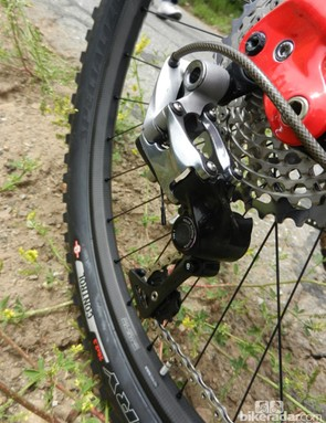 SRAM XX1 will meet the new Roval Traverse SL carbon wheelset on the S-Works Enduro