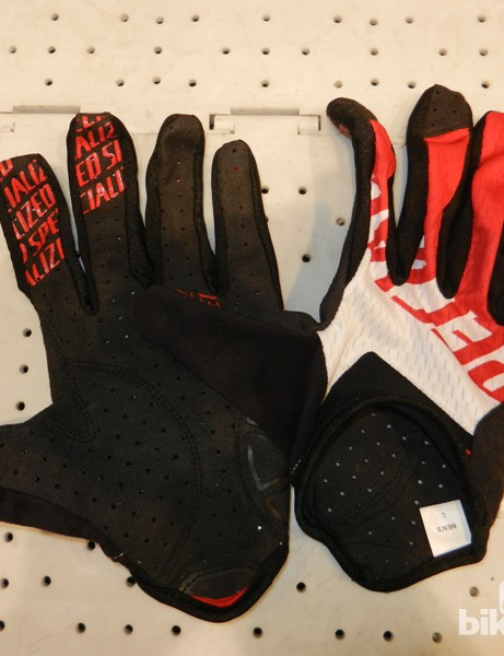 The XC Lite gloves are, unsurprisingly, light, if you want some summer protection