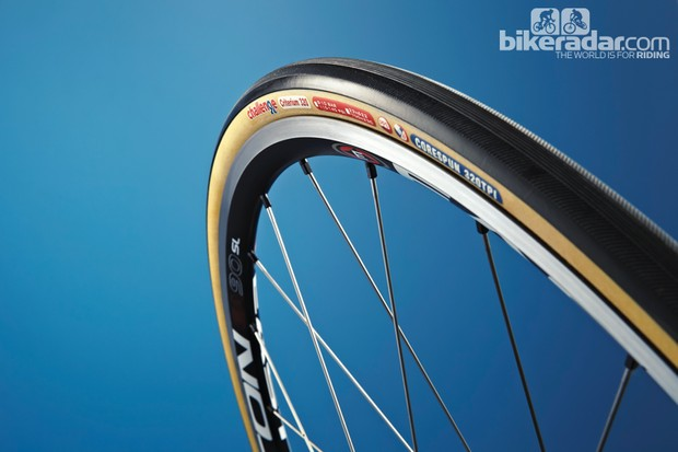 Challenge Criterium Open 320 tyre