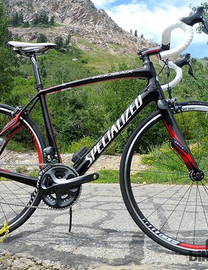 The £4,000 Ultegra Di2 Roubaix has a wholly different frame to the Disc version, though it shares much the same equipment