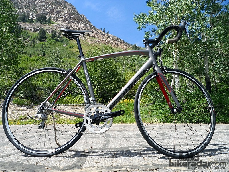 The Allez Elite gets a £100 price drop for 2013 but still maintain Tiagra 10-speed