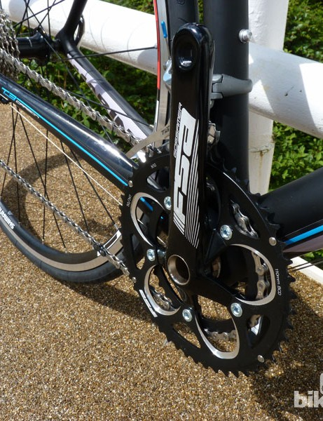 Components include Shimano Tiagra double crankset, an FSA Gossamer compact and Shimano R500 wheels