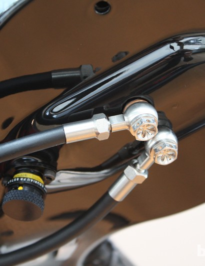 Neat dual master cylinder system from Hope allows use of Di2 shift levers