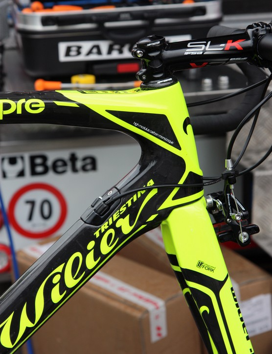 Lampre-ISD's new Wilier Triestina Cento 1 SR features a tapered head tube.